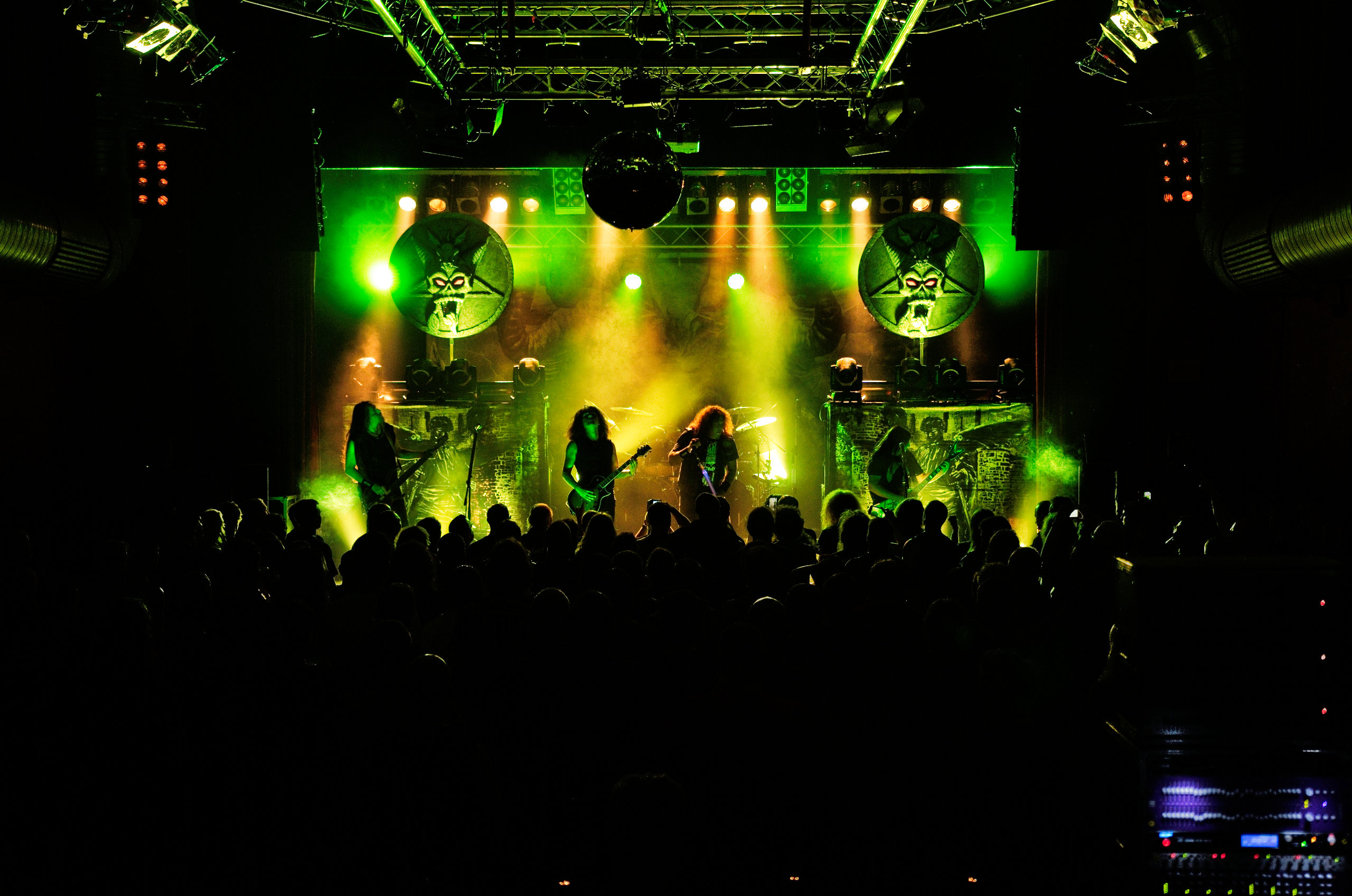 Testament_live in Cottbus