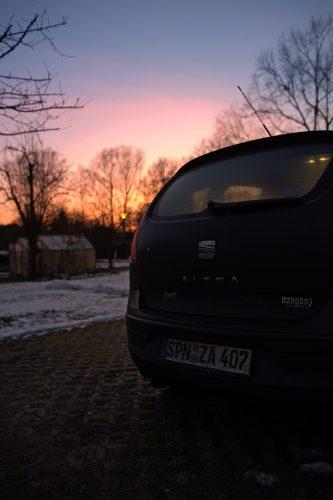 Abfahrt-Car