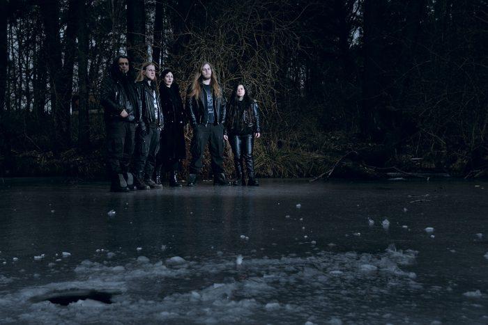 Musikband auf einem zugefrorenen See fotografiert