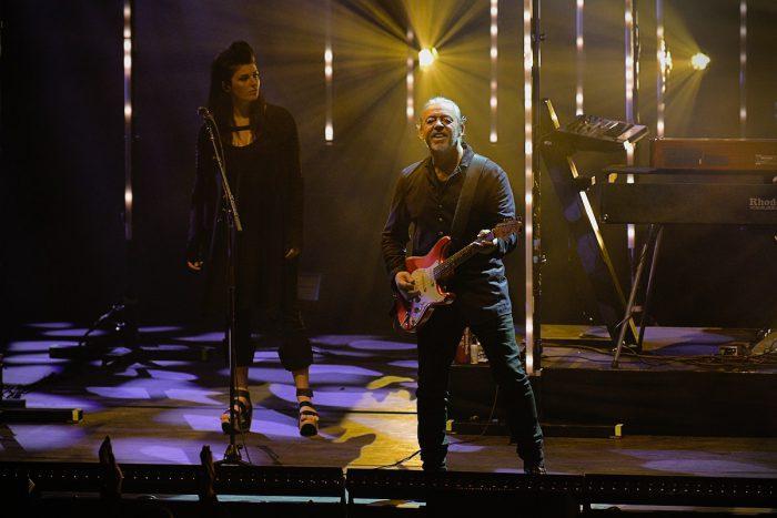 gitarrist roland orzabal - tears for fears auf der bühne
