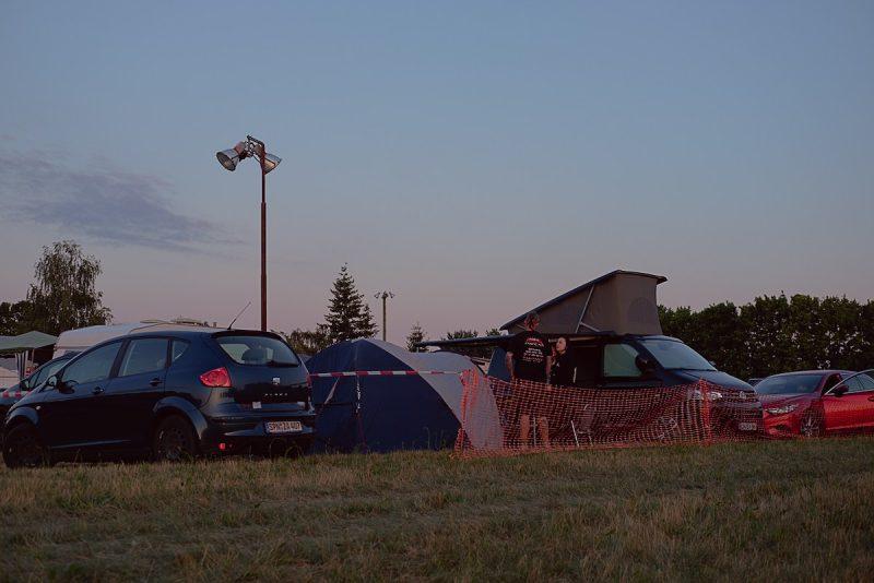 blick auf auf einen teil des camp beim protzen open air