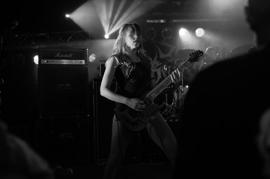 Sisters Of Suffocation 1-1